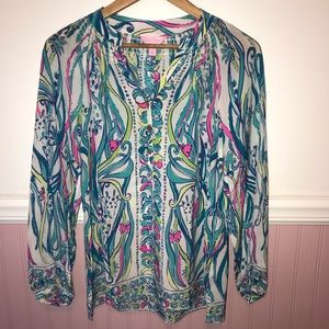 Lilly Pulitzer Elsa Top in Long Story